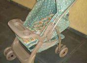Carrinho galzerano e bebê conforto burigotto vendo o conjunto.