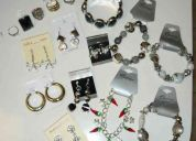 Lote de bijuterias;brincos;anÉis;pulseiras;revenda bijuterias