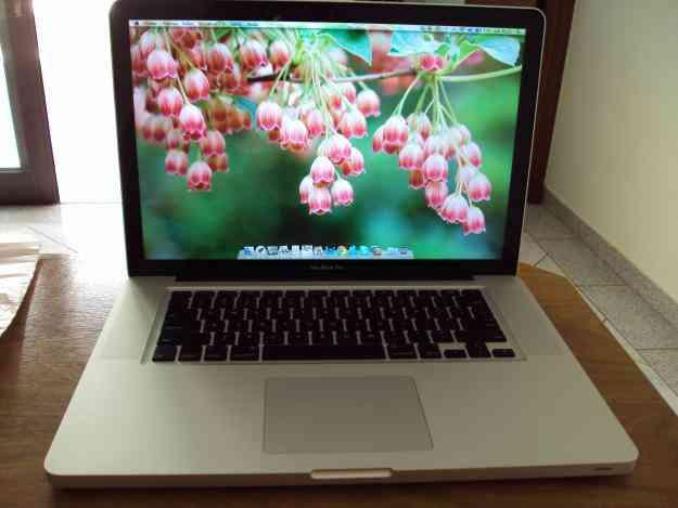 Macbook Pro semi novo R$ 3.800,00