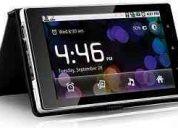 Tablet bak ibak-784 com capa e teclado.