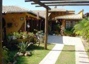 Casa com decoração rústica em barra velha/sc.