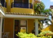 Linda casa para locação anual, próxima a praia, comércio e serviços!!!