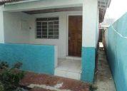 Alugo casa no anhangabaú r$ 950,00