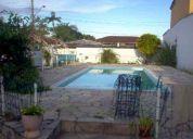 aluguel definitivo bairro nobre em caraguatatuba casa com piscina alto padrÃo 750 m²