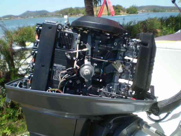MOTOR POPA YAMAHA 90 HP