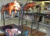 Carneiro no rolete & porco