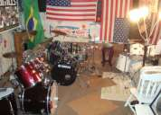 Preciso de guitarrista, tecladista e baterista.