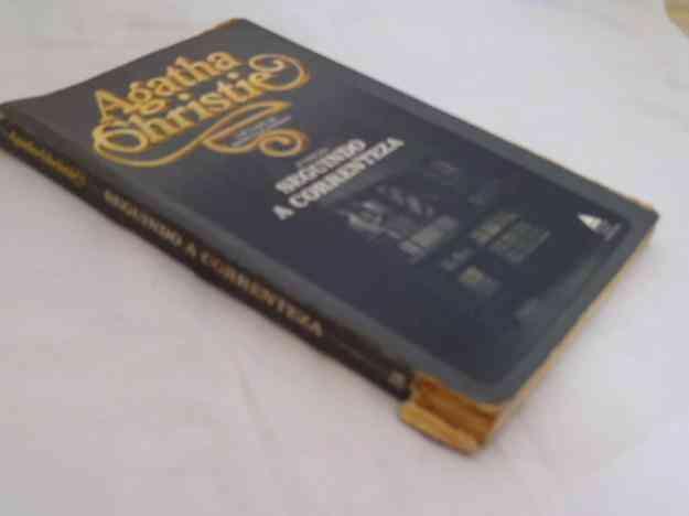 Agatha Christie - Seguindo a correnteza