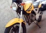 Twister amarela cbx 250 08/08