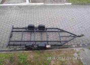 Carreta para transporte de automóveis e motos