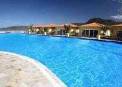 Loft de luxo em resort com camareira e excelente infra-estrutura