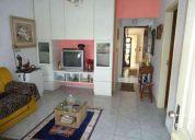Augo casa na segunda quadra do mar linda e confortavel mobilia completa