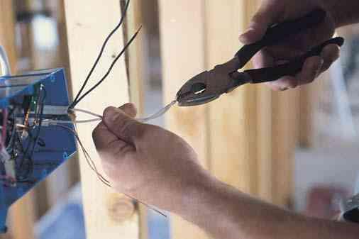Eletricista - Instalação, reparos e reforma