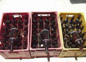 3 caixas de cerveja com casco e caixas