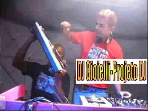 cursos:djs:DJ GIOIELLI MP3 DOS ANOS 90 TOP DJ CELSINHO DOUBLE C