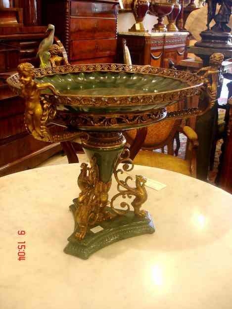 Grande centro de mesa fruteira porcelana italiana e bronze for Porcelana italiana