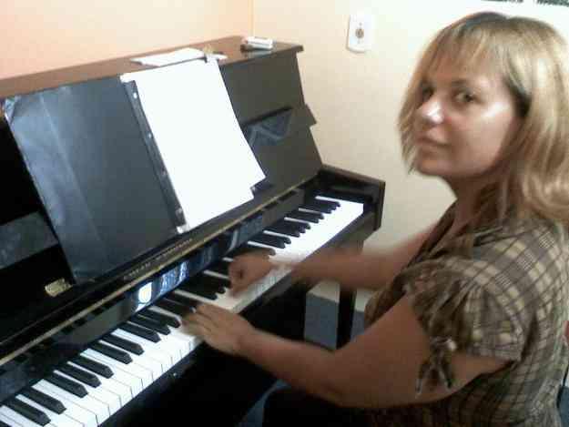 AULAS DE PIANO ,TECLADO,TEORIA ,CANTO E MÚSICALIZAÇÃO