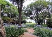 Ref:743 belíssima propriedade fundo para corpo de represa e com lindo paisagismo! confira