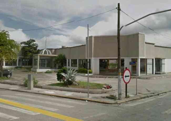 Aluga Loja / Salão Comercial em São Vicente/SP LO0001